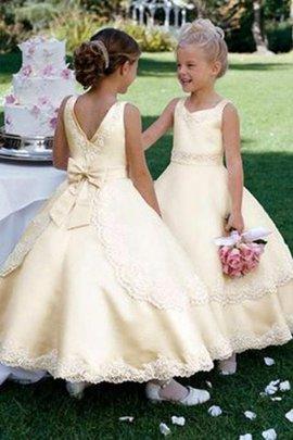 d726d8711c3a 50 Abito da Cerimonia Bambini Tondo in Raso Naturale Alla Caviglia Farfalla  Ornamento