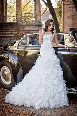 Abito da Sposa con Increspature con Applique Naturale Tondo in Tulle