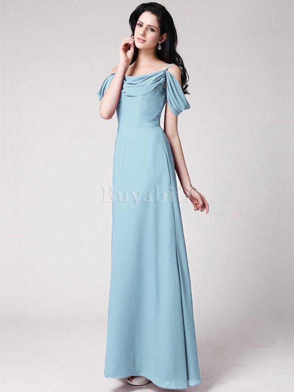 b030db49df97 La scelta di un abito da sposa con una dimensione dell impero è anche la  cosa migliore per questo tipo di corpo perché è stretto appena sotto il  busto che ...
